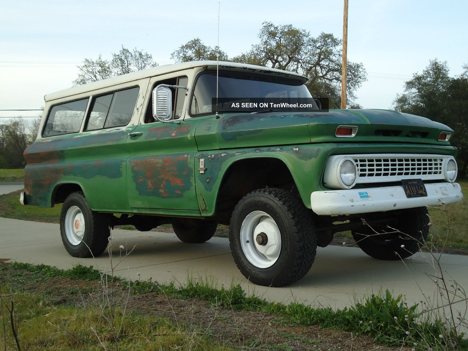 Factory X Chevy Suburban Carryall C Lgw on 1963 Ford Falcon Sports Coupe