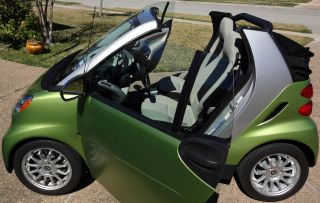 2011 Smart Fortwo Passion Cabrio Convertible 2 - Door 1.  0l photo