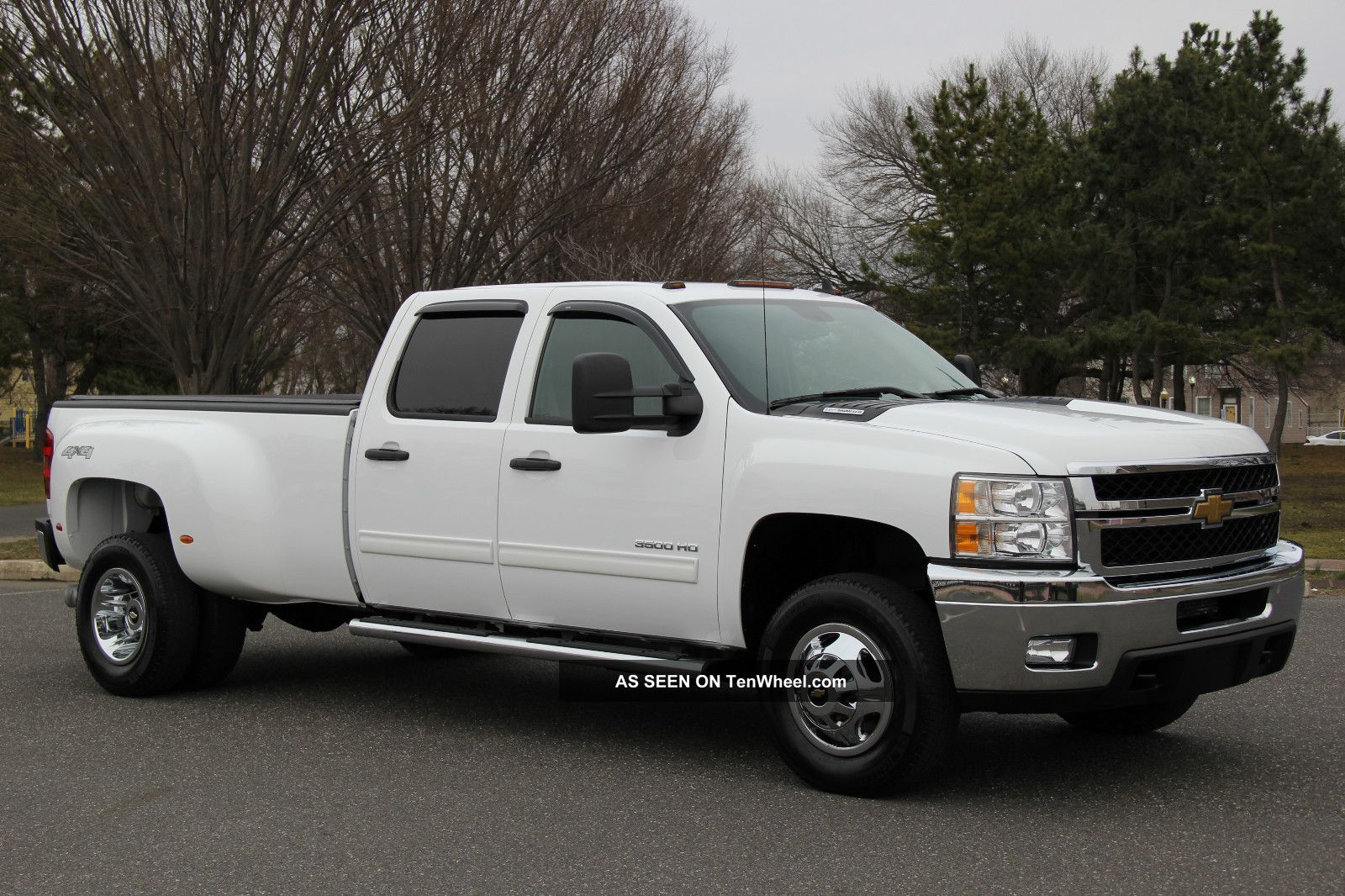2011 Chevrolet 3500 Crew Lt 6.  6l Diesel Dually 1 - Owner 4x4 Drw Silverado 3500 photo