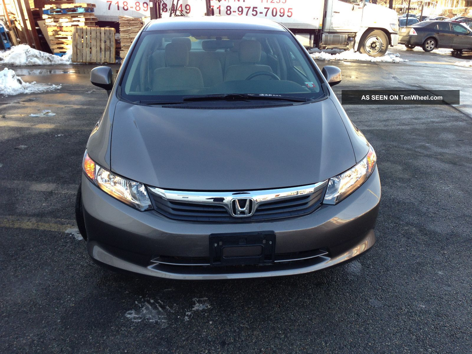 2012 honda civic lx sedan 4 door 1 8l sedan gas saver. Black Bedroom Furniture Sets. Home Design Ideas