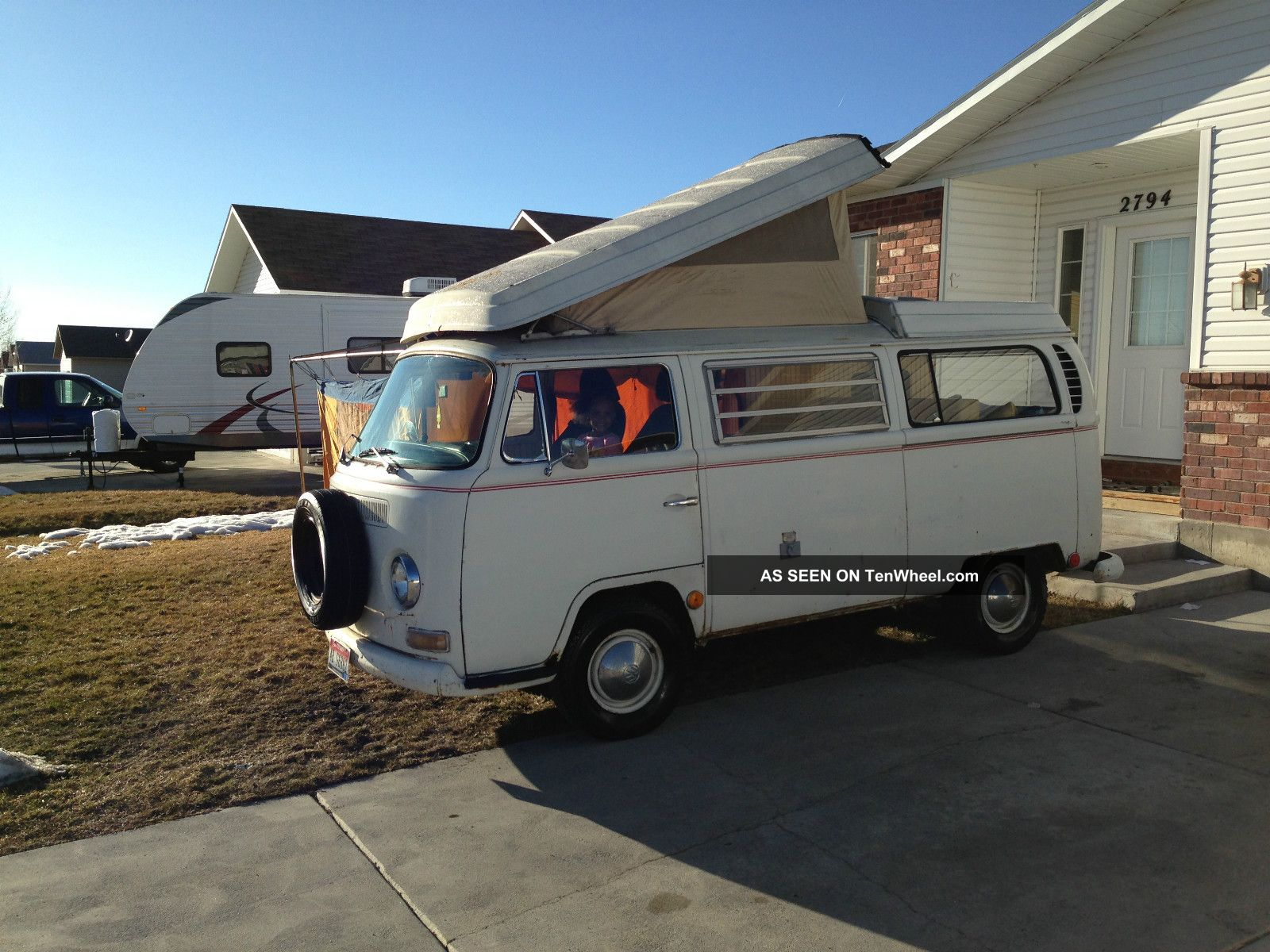 ar vintage phillips wp a michael off give dixie florida rentals oldscool bus flashback their vans campers volkswagen camper trippers ponnath located vw at road show and
