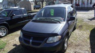 2002 Dodge Caravan Se photo