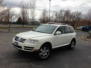 2004 Volkswagen Touareg Tdi Sport Utility 4 - Door 4.  9l photo
