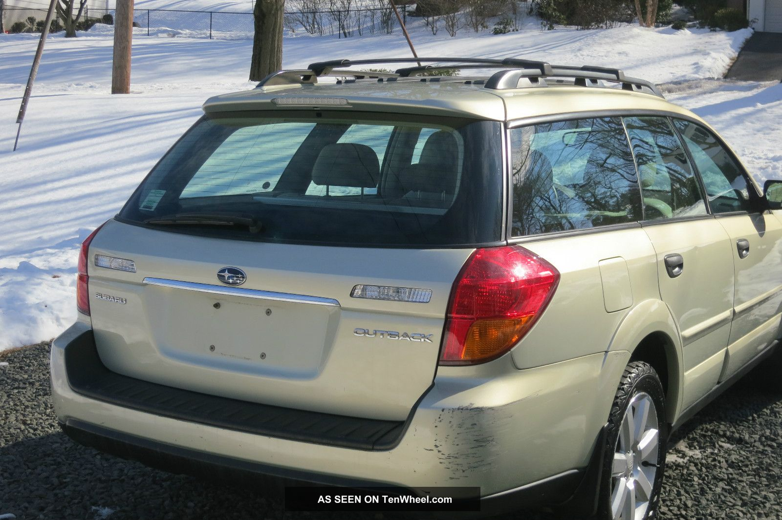 2006 subaru outback 2 5i wagon 4 door 2 5l. Black Bedroom Furniture Sets. Home Design Ideas