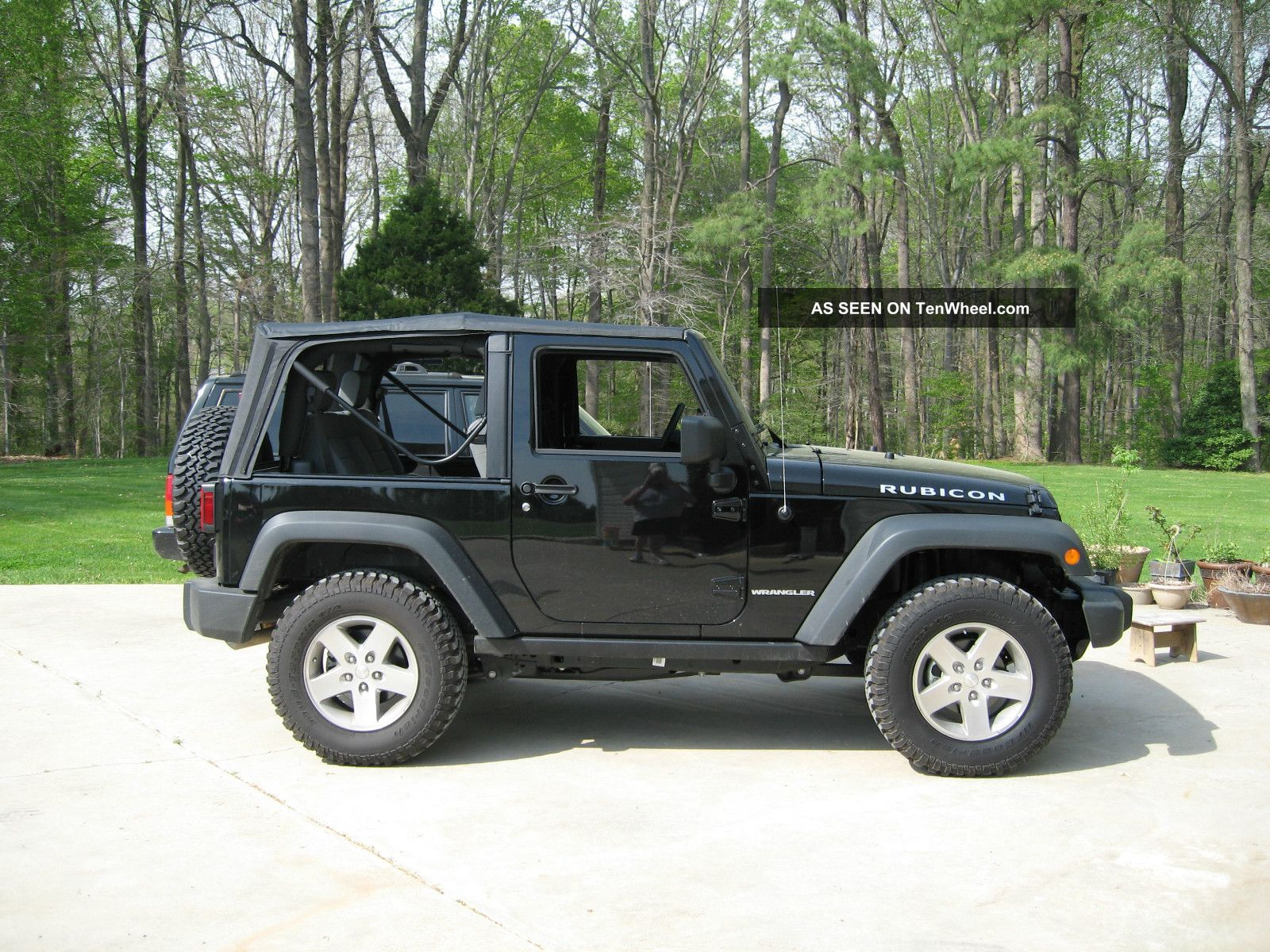 2008 jeep wrangler rubicon 2 door includes both hard and soft tops. Black Bedroom Furniture Sets. Home Design Ideas