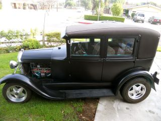 Cars trucks ford model a web museum for 1929 ford model a 4 door sedan