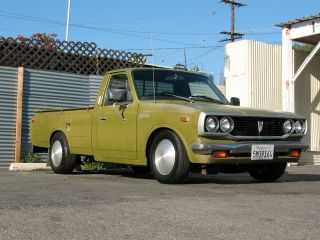 1975 Toyota Pickup,  Paint Lowered Custom photo