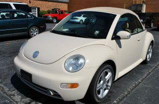2005 Volkswagen Beetle Gls Convertible 2 - Door 1.  8l photo