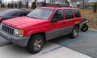 1997 Jeep Grand Cherokee Laredo Sport Utility 4 - Door 4.  0l photo