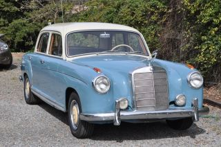 1957 Mercedez Benz 220s,  4 Door Sedan,