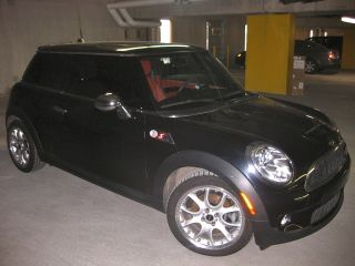 2007 Mini Cooper S Fully Loaded $36k Msrp Tires,  Brakes photo