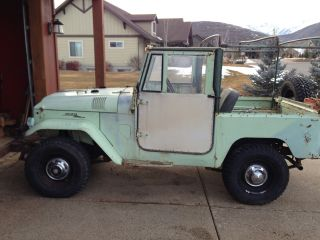 1964 Toyota Landcruiser Fj40 Soft Top,  Barn Yard Find photo