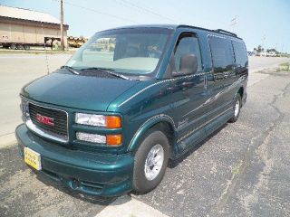 1998 Gmc Savana 1500 Sle Conversion Van 3 - Door 5.  7l photo