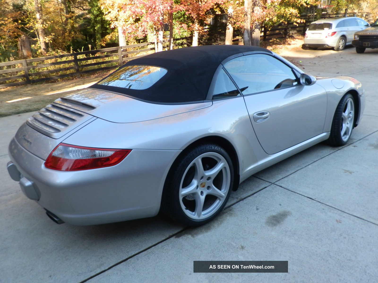 2005 porsche 911 carrera convertible 2 door 3 6l. Black Bedroom Furniture Sets. Home Design Ideas