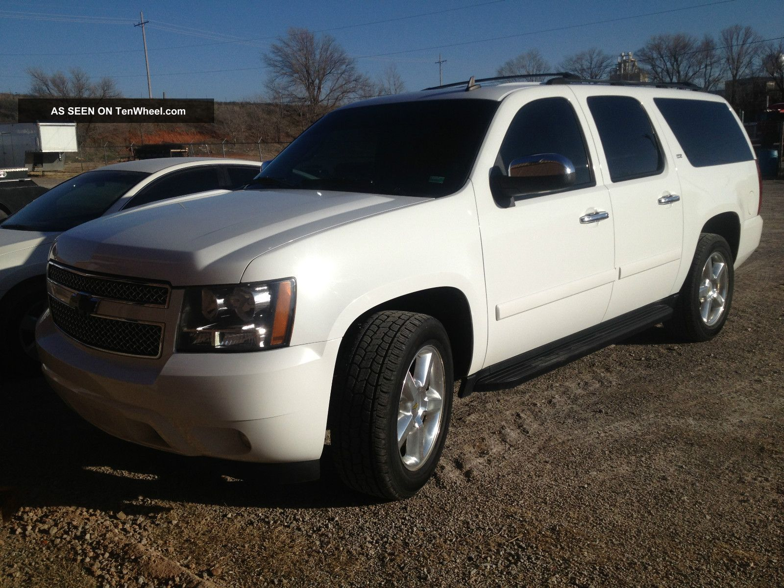 2007 chevrolet suburban 1500 ltz sport utility 4 door 5 3l. Black Bedroom Furniture Sets. Home Design Ideas