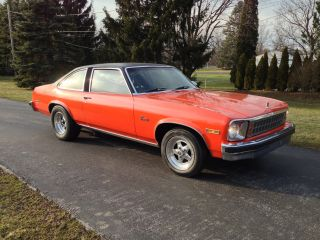1976 Chevrolet Nova Concours Coupe / / Race Car / / Factory Hugger Orange photo