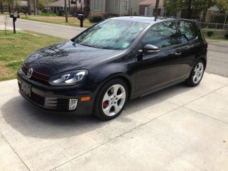 2010 Volkswagen Gti Base Hatchback 2 - Door 2.  0l photo