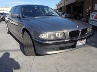 2001 Bmw 740il Base Sedan 4 - Door 4.  4l photo