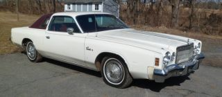 1975 Chrysler Cordoba Base Hardtop 2 - Door 5.  9l photo