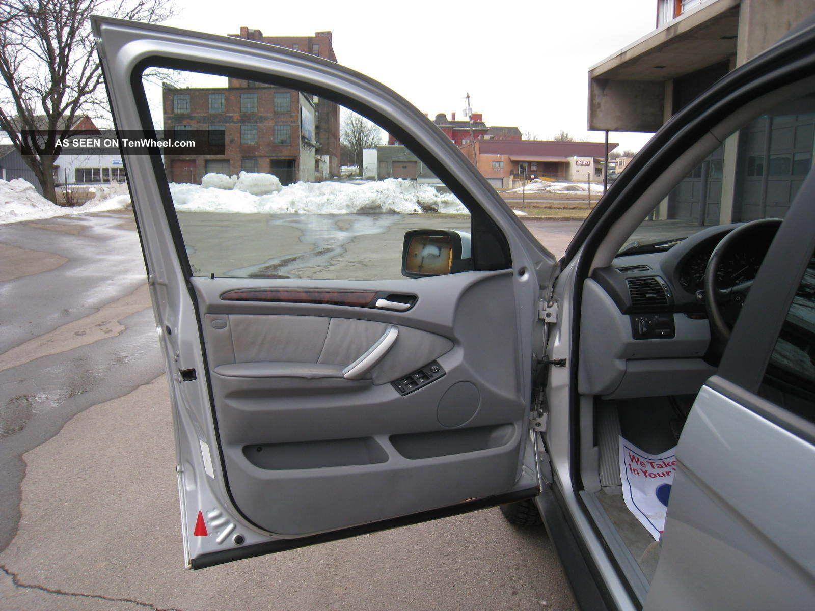 bmw    sport utility  door   awd autocheck