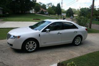 2011 Lincoln Mkz Hybrid Sedan 4 - Door 2.  5l photo