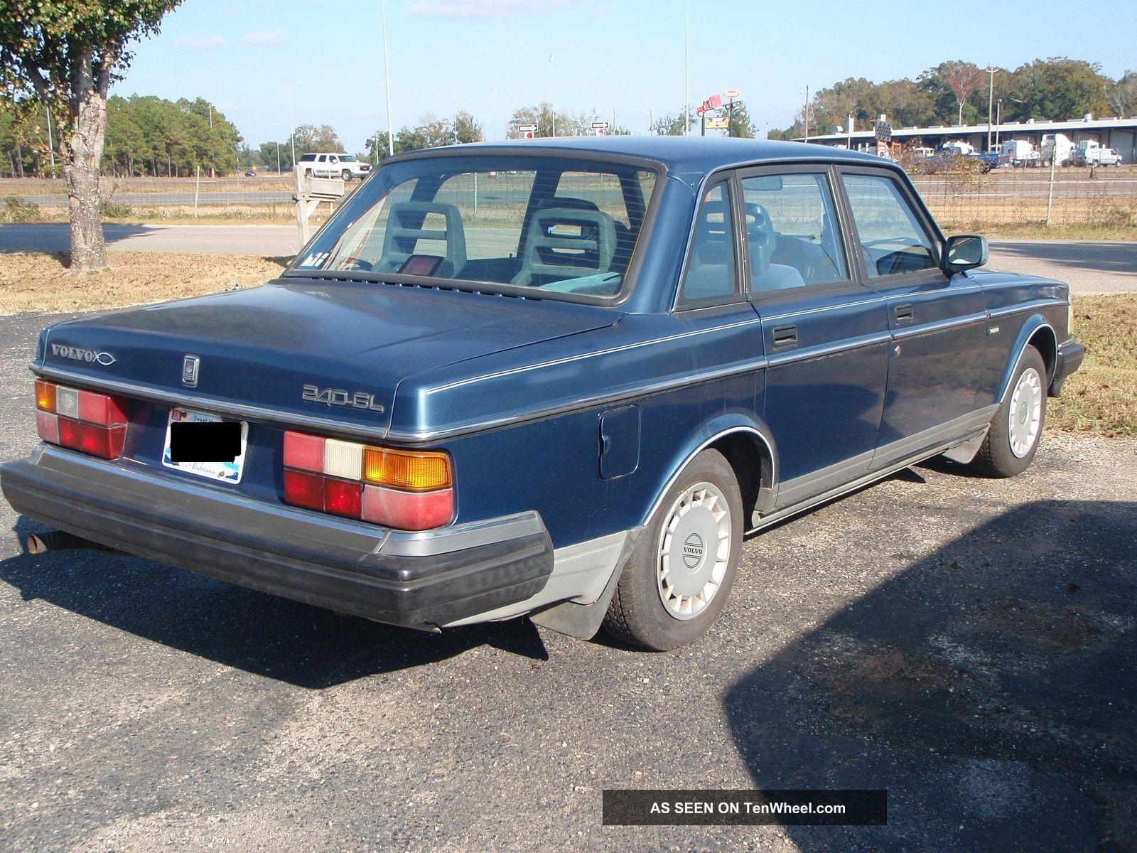 1992 volvo 240 gl sedan 4 door 2 3l automatic sun roof. Black Bedroom Furniture Sets. Home Design Ideas