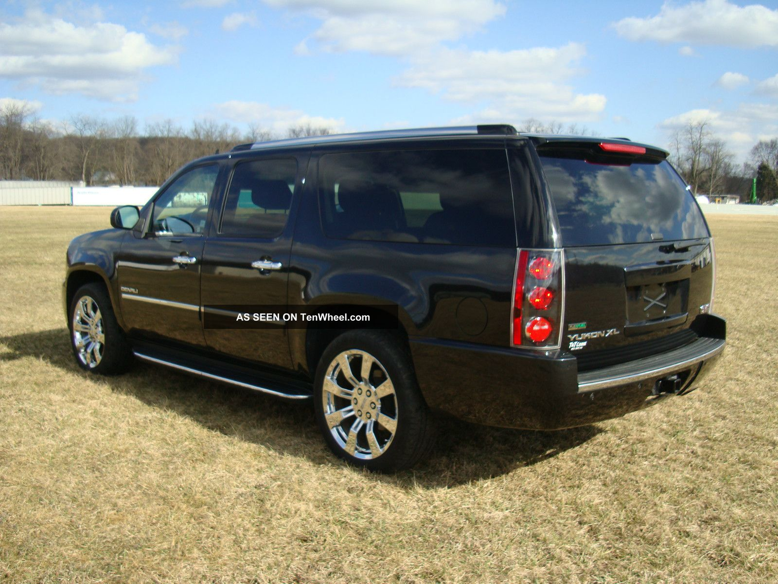2011 Gmc Yukon Denali Xl 22k Mi Remote Start Dvd Backup ...