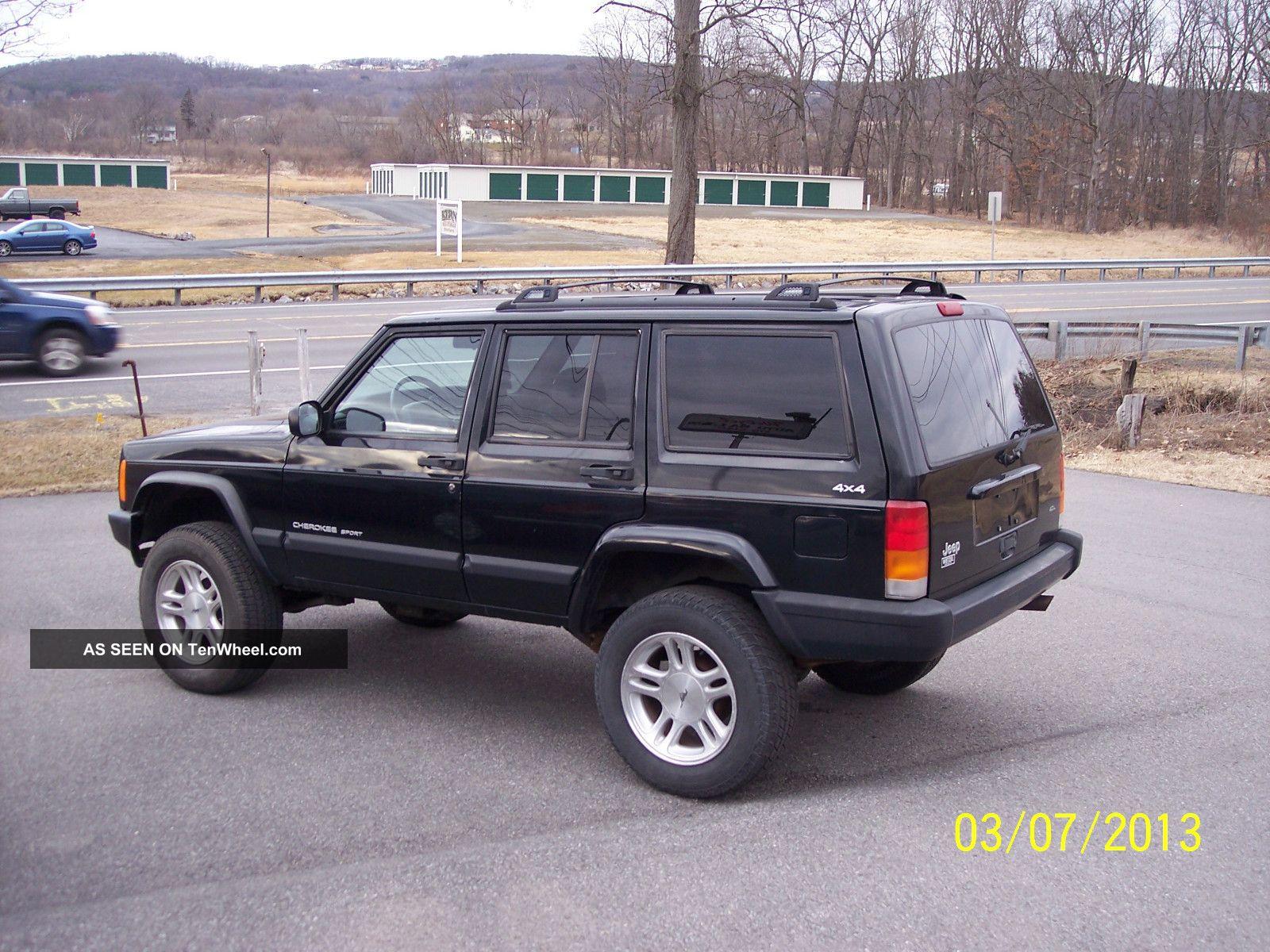 1999 jeep cherokee classic sport utility 4 door 4 0l. Black Bedroom Furniture Sets. Home Design Ideas