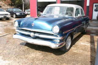 1953 Ford Customline Sharp,  Ready To Cruise photo