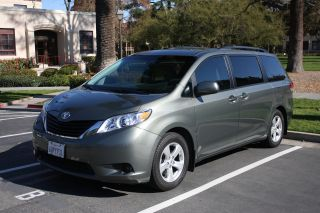 2011 Toyota Sienna Le Mini Van 5 - Door 3.  5l Dvd,  Back Up Camera,  Tires photo