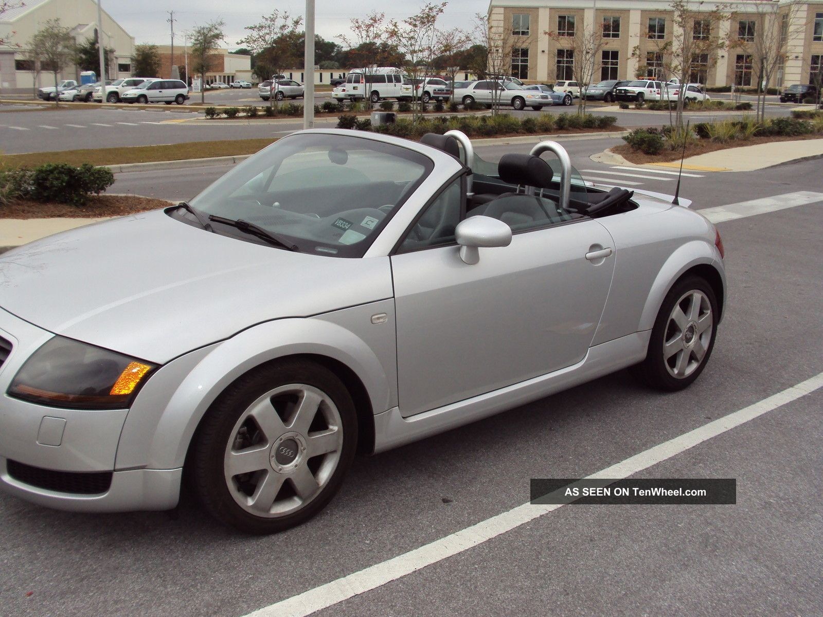 2001 audi tt base convertible 2 door 1 8l. Black Bedroom Furniture Sets. Home Design Ideas