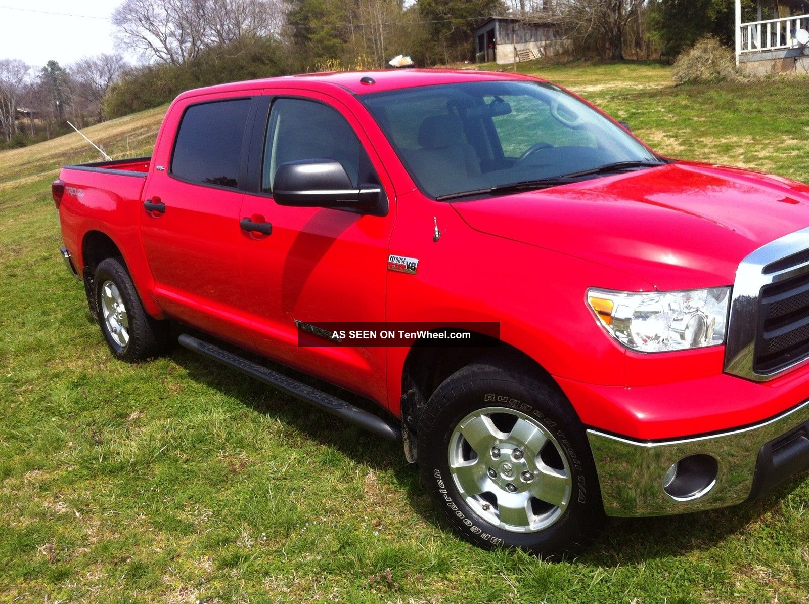 2010 toyota tundra crewmax 4dr 5 7 l v8 trd off road. Black Bedroom Furniture Sets. Home Design Ideas