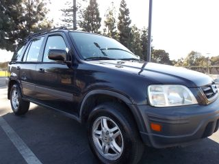 2001 Honda Cr - V Awd 4cyl 2.  0 Auto 150k Mi.  Calif Truck.  Great Running Condiiton photo