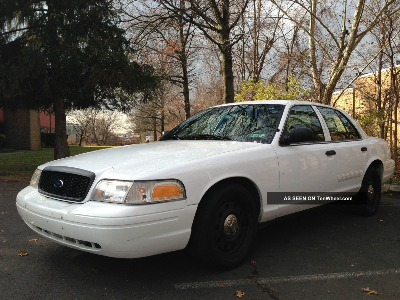 2010 ford crown victoria police interceptor. Black Bedroom Furniture Sets. Home Design Ideas