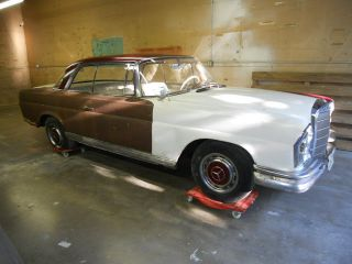 1962 Mercedes Benz 220se Coupe,  Runs,  Interior,  Needs Tlc photo