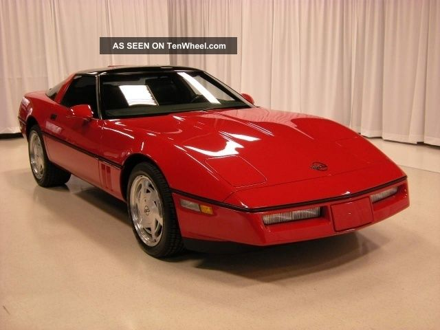 1989 Chevrolet Corvette Base Hatchback 2 - Door 5.  7l Corvette photo