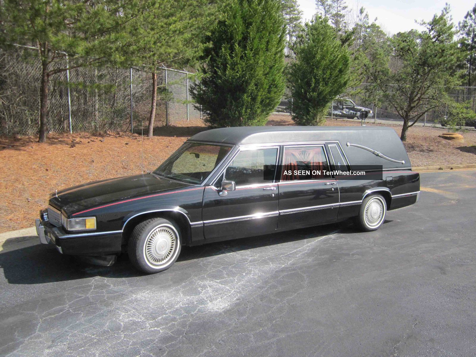1990 Superior Cadillac Hearse Other photo