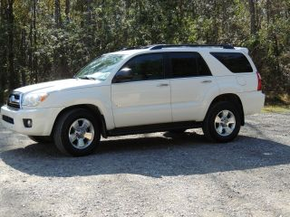 2007 Toyota 4runner: Sr5 Sport Utility 4 - Door 4.  0l photo