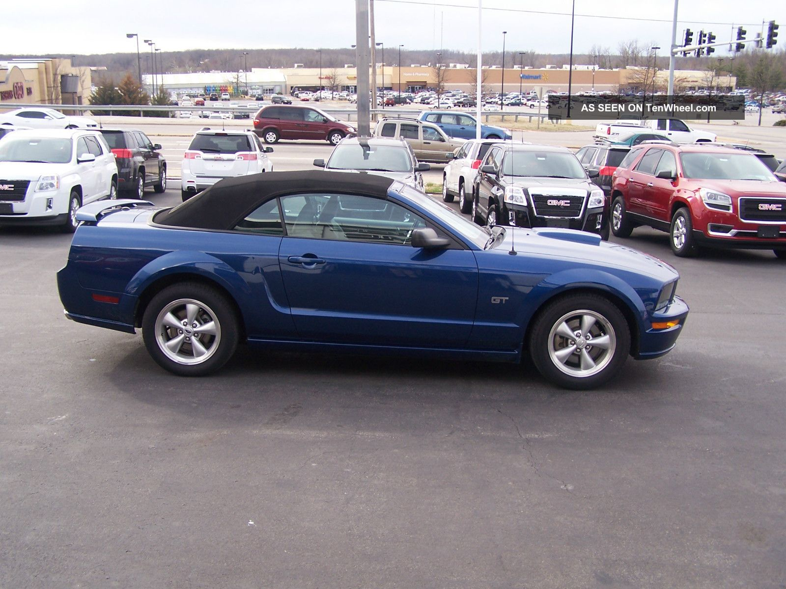 2007 ford mustang gt convertible 2 door 4 6l mustang photo 7. Black Bedroom Furniture Sets. Home Design Ideas