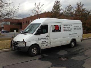 2006 Dodge Sprinter 2500 Base Standard Cargo Van 3 - Door 2.  7l photo