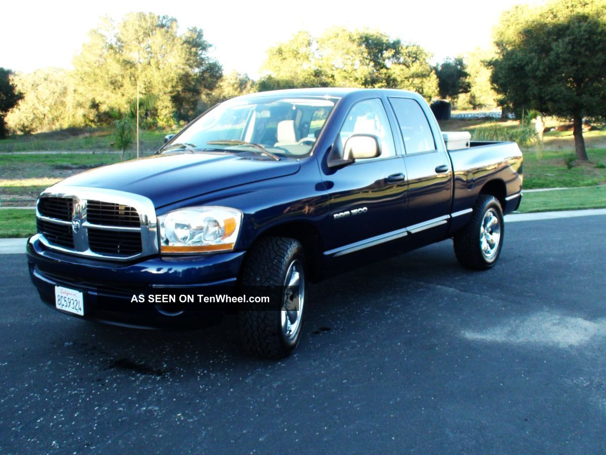 2006 dodge ram 1500 slt crew cab 4 7l v8 ram 1500 photo 11. Black Bedroom Furniture Sets. Home Design Ideas