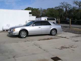 2001 Cadillac Deville Dts / Four Door Sedan / Silver / Project Car photo