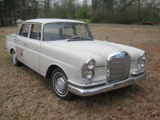 1961 Mercedes 220 S Benz Antique Classic 220s Fintail Sedan photo