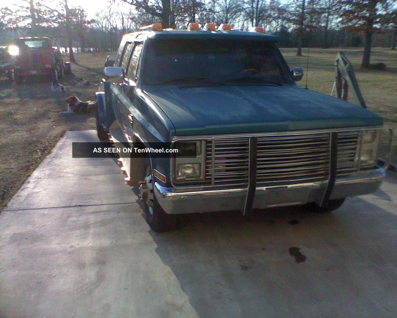 1988 Chevrolet 3500 Western Hauler