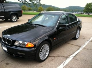 2001 Bmw 330xi Awd Sedan 4 - Door 3.  0l photo