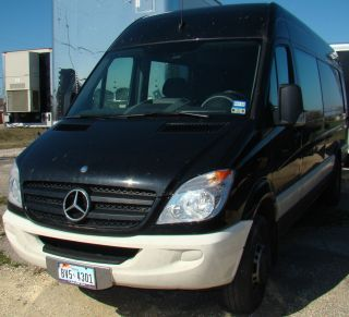 2012 Mercedes - Benz Sprinter 3500 Cargo Van 3.  0l Dually 170 Extended photo