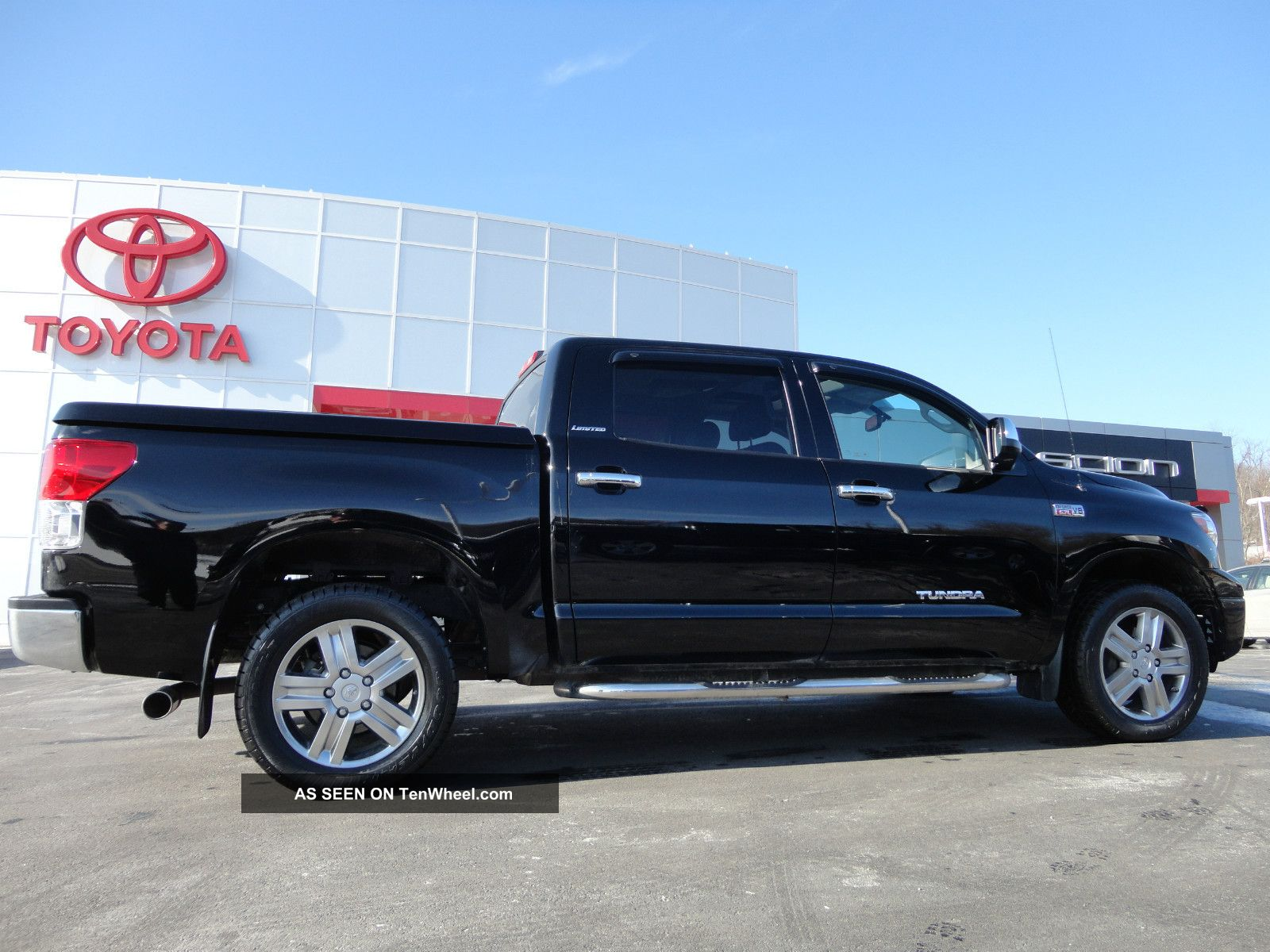 2011 tundra crewmax 5 7l 4x4 limited roof 1 owner toyota video 4wd. Black Bedroom Furniture Sets. Home Design Ideas
