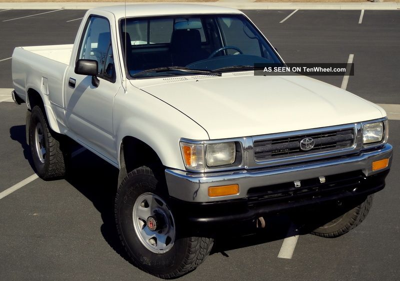 Toyota Pickup Truck Hilux Speed X California Truck Lgw on 1993 Dodge Dakota 5 2 Specs