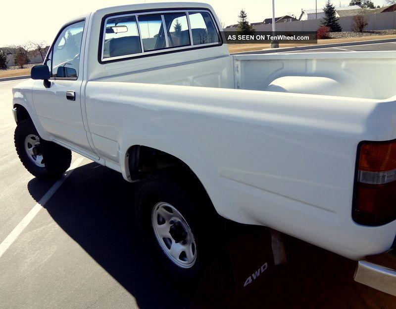 Toyota Pickup Truck Hilux Speed X California Truck Lgw on 1993 Dodge Dakota Owners Manual
