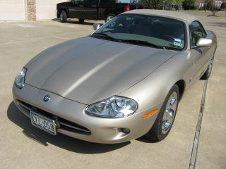 1998 Jaguar Xj8 photo